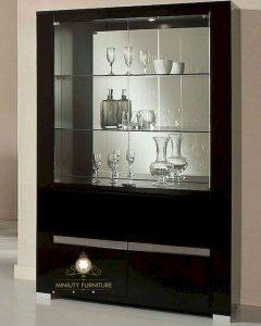lemari hias pajangan kaca minimalis
