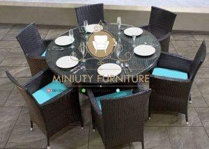 set meja makan rotan daun kaca