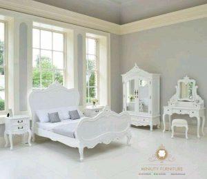 set kamar tidur klasik duco putih modern