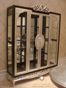 lemari hias pajangan kaca mewah modern kayu model terbaru