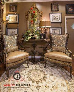 2 kursi santai ruang keluarga dan meja konsul