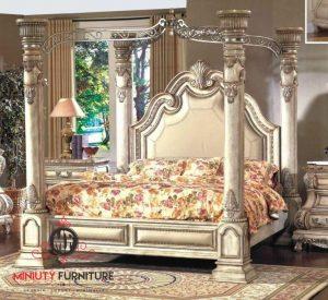 tempat tidur mewah model klasik kelambu