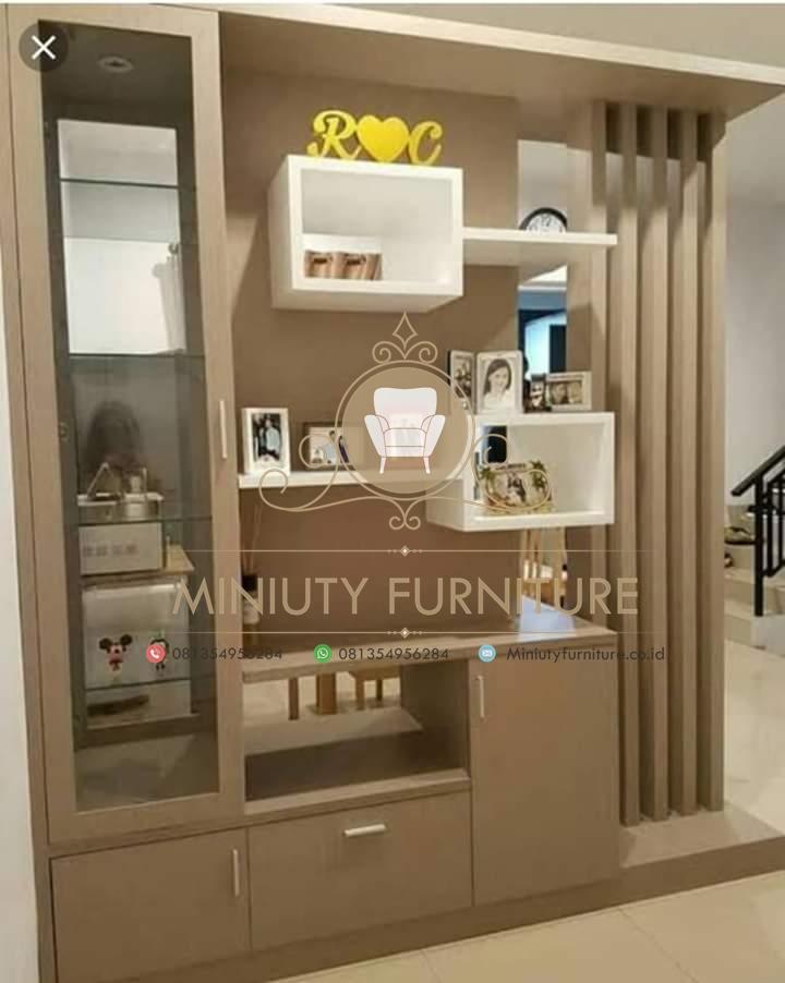 penyekat ruangan hpl, penyekat ruangan minimalis, penyekat ruangan kayu jati, penyekat ruangan model unik kayu jati, partisi ruangan mewah modern, toko mebel inteiror dan furniture, mebel mewah jepara, miniuty furniture