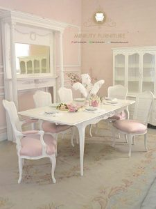 set ruang makan klasik mewah eropa
