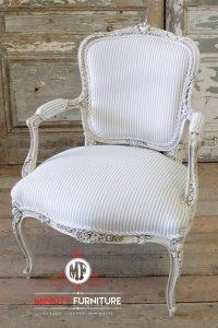 model kursi makan ukir duco putih klasik modern