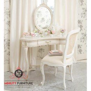 model meja rias antik klasik putih terbaru