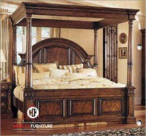 tempat tidur tiang mewah klasik kayu jati