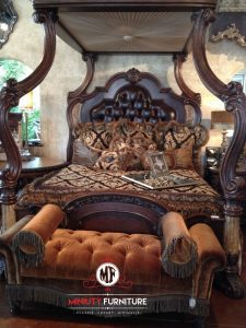 tempat tidur ukir mewah model tiang kanopi terbaru