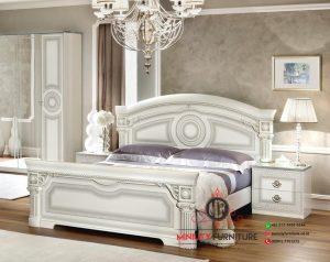 tempat tidur kayu putih model klasik modern
